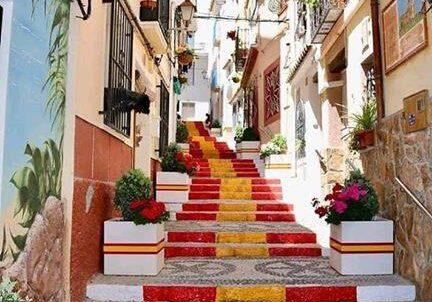 Spaanse trappen in de oude stad Calpe